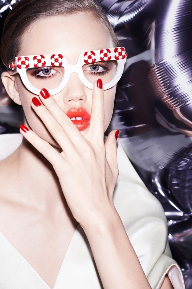 Lindsey Wixson by Katja Rahlwes for Vogue China Collections SS 2013 Georgina Graham Make Up