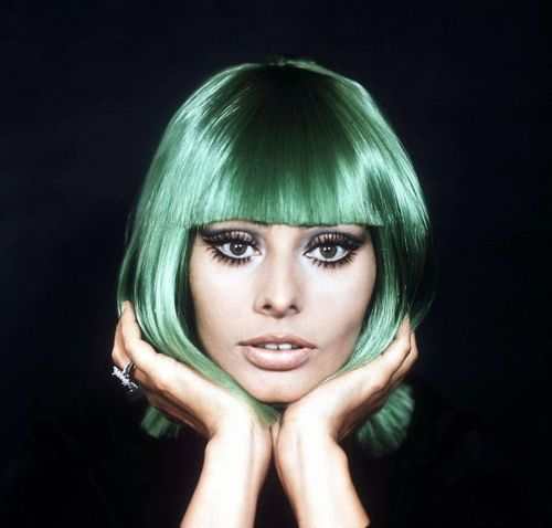 i heart sophia loren have fun with your hair colour and try out the kevin murphy colour bug hair chalks or hit the bottle with bleachs super cool colour - Sophia Loren Hair Color