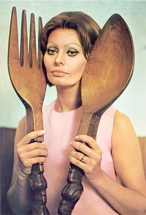 Sophia Loren In the Kitchen with Love