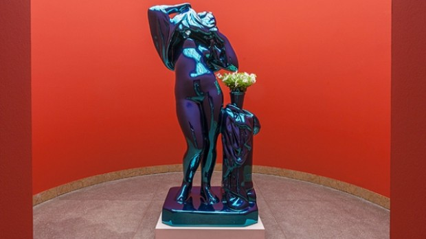 """Metallic Venus"" (2010), an eight foot high stainless steel beauty with live petunias. Sent by Sarah Thornton."