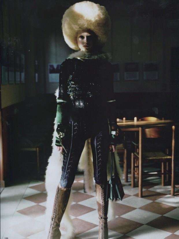 Vogue Japan Manuela Pavesi Ola Rudnicka Georgina Graham Benoit Bethume