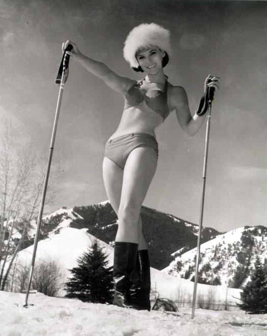 retro ski bunny